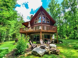 With woods and natural foliage all around, Tranquil Dreams is a rustic delight