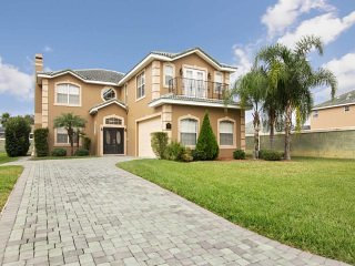 Vista Park 6/5 Pool Home property, fully furnished, with full kitchen, and all