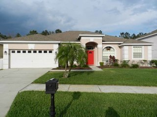 Highlands Reserve 5/3 Pool Home property, fully furnished, with full kitchen