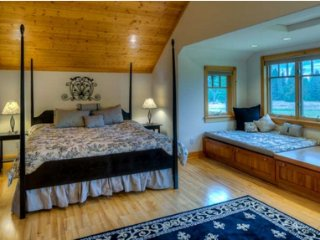 Continental Divide Suite at The Lodge at Trout Creek