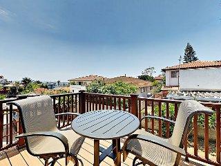3BR Point Loma Condo w/ Bay Vistas, Chef's Kitchen & Balcony
