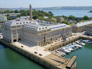 6 Mills Bakery Royal William Yard Plymouth PL1 3GD  (Drakes Wharf) - 6 Mills Bak