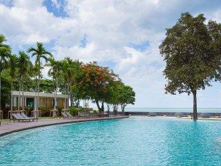 Baan SanSuk Beachfront Condominium HuaHin_ABC Two Bedrooms Apartment,Sea View