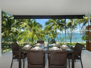 Bougainvillea | 3 Bedroom Luxury Beachfront Condo | Drift Resort