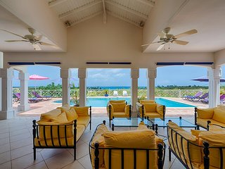 OCEANE... Spacious 4BR Villa Walk to Plum Bay Beach