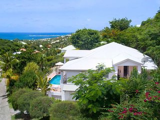 ALEXAMBRE... Affordable Orient Bay 3BR  villa for family or couples