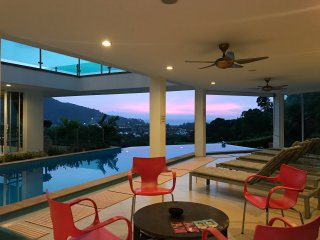 Luxury villa (7 bedrooms) with Sea View in Phuket