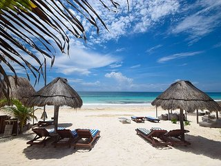 Rare 4 Bedroom Oceanfront Tulum home!! White sand beach! - Sol y Luna