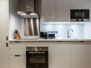 Le C - A06 - Residence neuve centre village avec Spa, Restaurant & Ski room