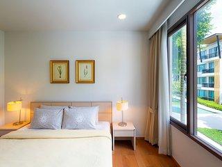 Baan SanSuk Beachfront Condominium HuaHin_BBB Two Bedrooms Apartment,Pool View