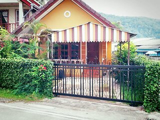 Village House CC 6, 0.7 km to Bangtao Beach