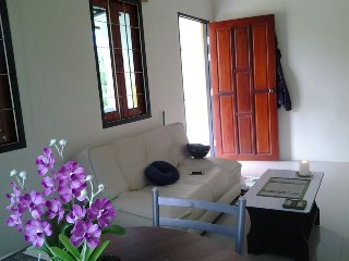 6245 : LOH 1, 2, 1 bedroom house 1 KM to Bangtao Beach