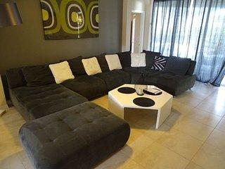 6 Bedroom 4 Bath Villa in Calabay Parc near Disney. 328MD