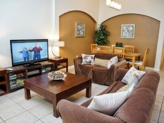 4 Bed 3 Bath Vacation Home with Southeast Facing Pool. 1221WWC
