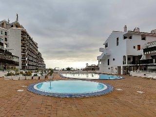 Nice 2 BR apartment near Torviscas Beach