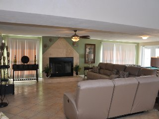 $pecials - Luxury Pool Home - Direct Oceanfront - 5BR/4BA - #9297