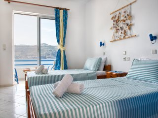 Antoniadi Marina Rooms Bed & Breakfast