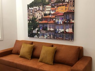 Heart & Soul Porto Downtown - Ribeira - Delux One bedroom apartment inc 2 bath.