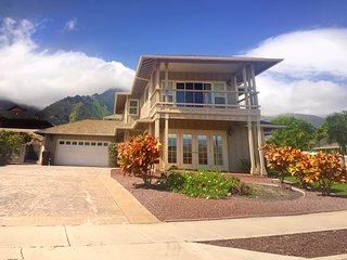Large Vacation Home in BEST Location on Maui! AC/Wifi