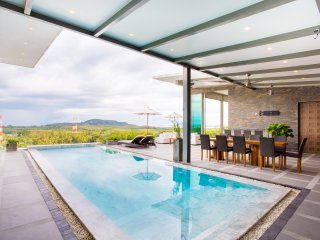 Private pool Ocean View villa for 10 guests in Cape Yamu