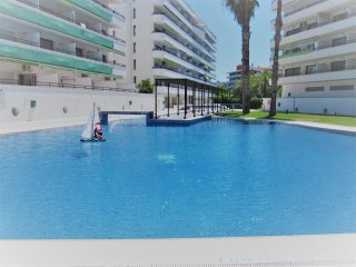 InmoBooking Cannes Apartments, great location and pool