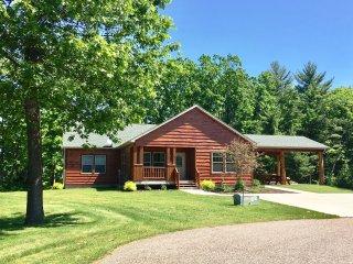 Grande Oaks on Dogwood - Spring Brook Resort-First Rate Holiday Retreat