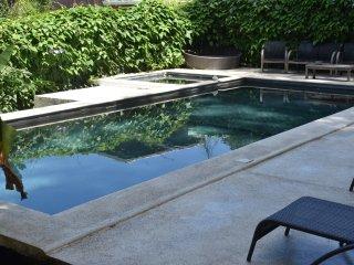 OHANA VILLAS-Apartment with share kitchen + Pool