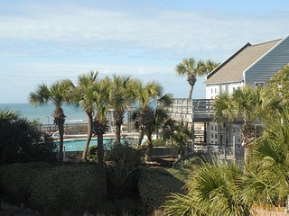 SEA BREEZE Barrier Dunes 52 - Gulf View on Lake  40 Steps to Beach *Pets *Extras