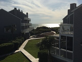 Gulf View End Unit Only 60 Steps to Beach - Pet Friendly - Extras Galore!