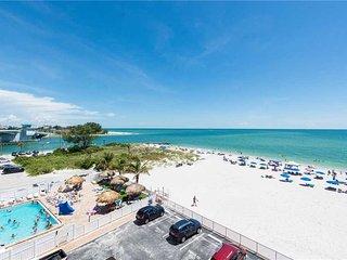 #411 Beach Place Condos