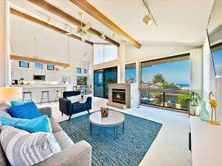 Amazing Ocean & Sunset Views - 4 houses from the Beach!