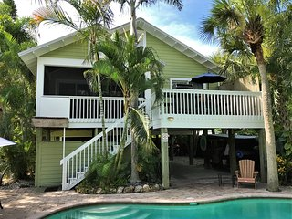 LBK Getaway - Tranquil Retreat, Heated Private Pool, Easy Walk to Beach, Bay
