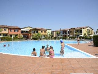 Appartam. con veranda su piscina (su richiesta B&B