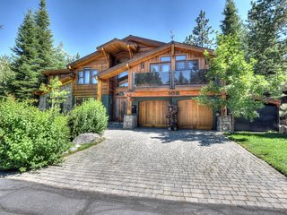 Olympic Valley Designer Home; 5 Minutes to Squaw!