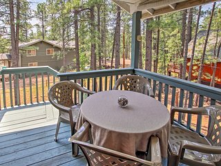 Munds Park Home w/3 Decks - Great Wooded Location!