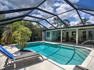 Naples Bungalow w/Lanai Pool - 1 Mile from Beach!