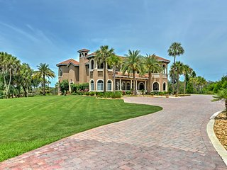New! 'La Casa of Mason Creek' - Stunning 4BR Homosassa Home on Private Estate