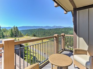 Modern Cle Elum Condo w/Mtn Views & Hot Tub Access