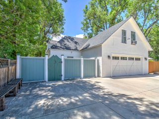 NEW! Charming 2BR Colorado Springs Cottage w/Patio