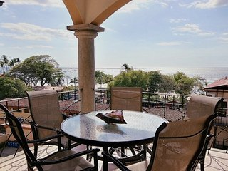Tamarindo Sunrise 48 Ocean and beach views 100 meters to beach