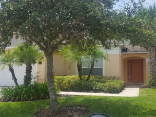 Tropical Seasons-2 master suites-Pool & Spa- game room-6 mi to Disney-South Pool