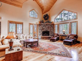 Luxury Home, Beautiful Furnishings & Finishes Throughout (212471)