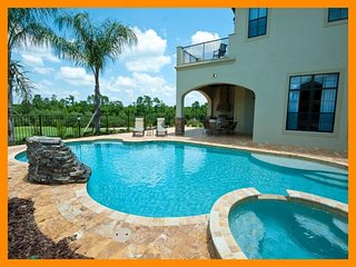 Reunion Resort 28 - 5 star villa with private pool just 6 miles from Disney