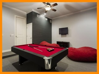 Reunion Resort 172 - villa with pool, game room and home theater near Disney