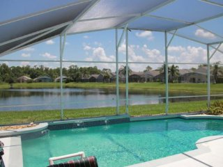 4646EPD. 4 Bedroom Pool Home With Lake View and Themed Bedrooms
