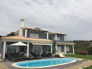 Stunning views Villa with Sea and Country views