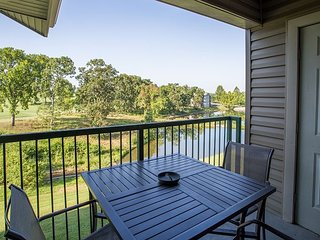 Harmony Haven- Fantastic 2 Bedroom, 2 Bath Golf View Condo in Holiday Hills!