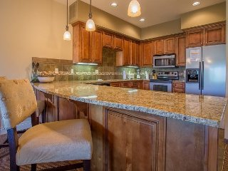 Branson Rendezvous- 3 Bedroom/3 Bath Condo located at Branson Hills Resort