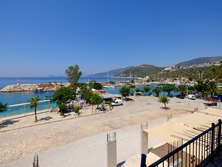 Conveniently located in a peaceful area in Kalkan, Smart Aparts offers a modern