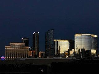 -Vivacious Condo 3BD/2BA Near Las Vegas Strip-